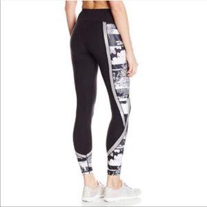 Betsey Johnson workout lounge leggings size M